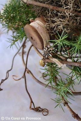 Petite broche Edelweiss et cloche