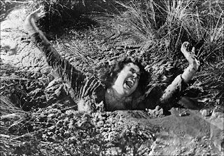 Estamos afundando na lama da mesmice...