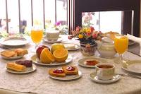 http://2.bp.blogspot.com/_KdbK4_YFspA/TCGluYcpGiI/AAAAAAAAA_0/JyN16N6o12I/s1600/colazione.jpg