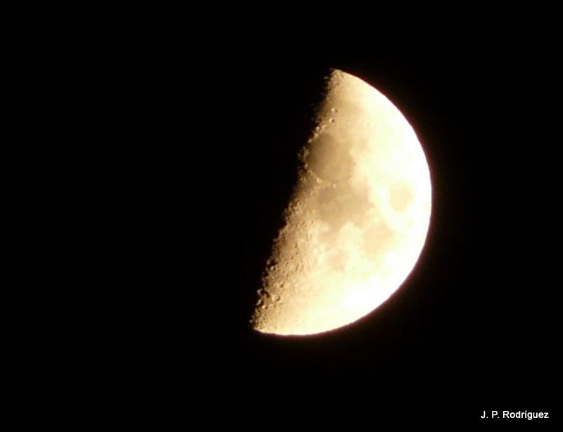 De un vistazo: Lunas de agosto