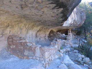 Remains of a home in Walnut Canyon