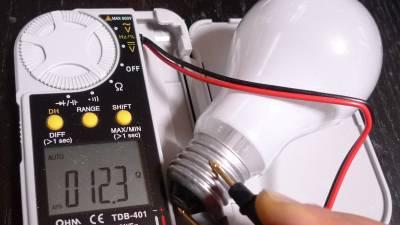 白熱電球の抵抗値