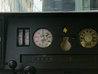 運転席車両