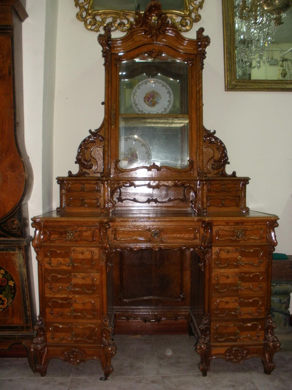 Antig edades eduardo peral 8 mueble escritorio estilo for Muebles luis xv segunda mano