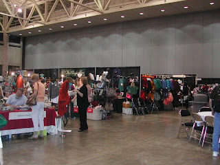 a view of the showroom floor at Chainlink 2009