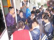 นักเรียนขอพรเนื่องในวันขึ้นปีใหม่ 2554