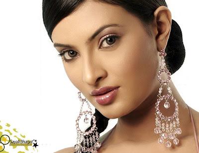 Sayali Bhagat Photos