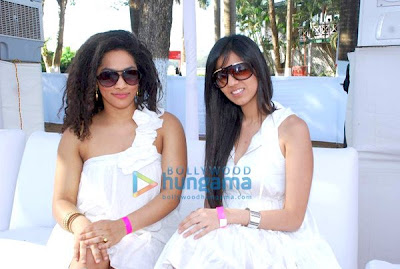 Genelia D'souza and Sonia Mehra photo