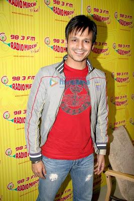 Vivek Oberoi promotes Prince on Radio Mirchi 98.3 FM image