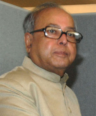 Budget 2009 Headlines: Pranab Mukherjee presents Interim Budget