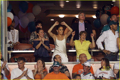 Jennifer Lopez: Touchdown Celebration, miami dolphins cheerleaders 2009, miami dolphins, nfl cheerleaders, miami dolphins id=