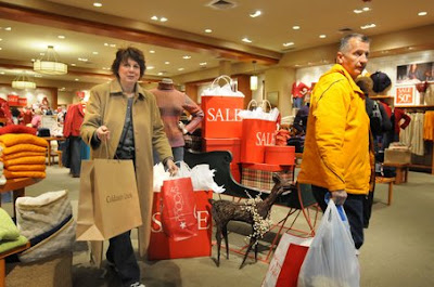 Stores hope gift cards give post-Christmas lift