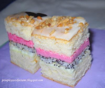makowe ciasto pianka