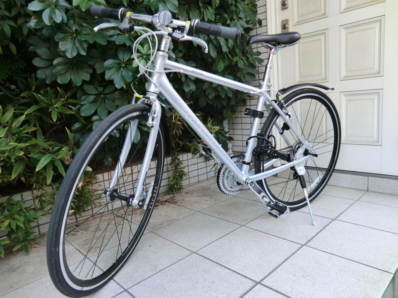 ... : 自転車買った GIANT Escape R3 2010