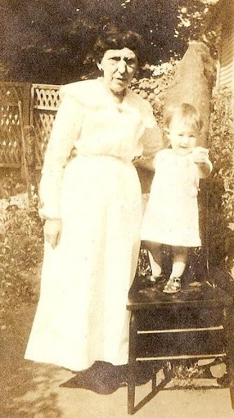 Bettie Ann Lander (Hopson) & grandchild