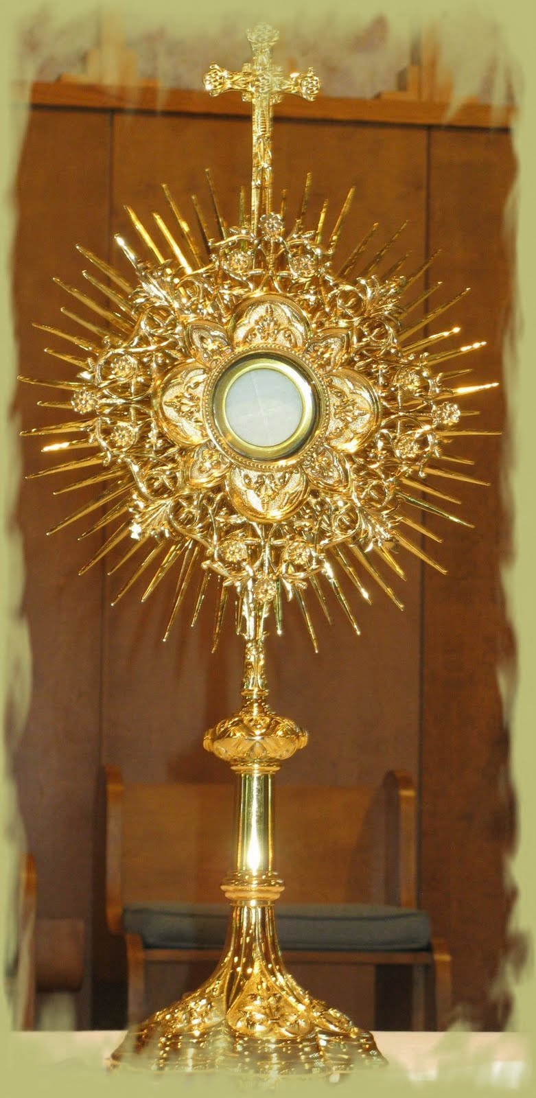 the eucharist jesus is with us the monstrance