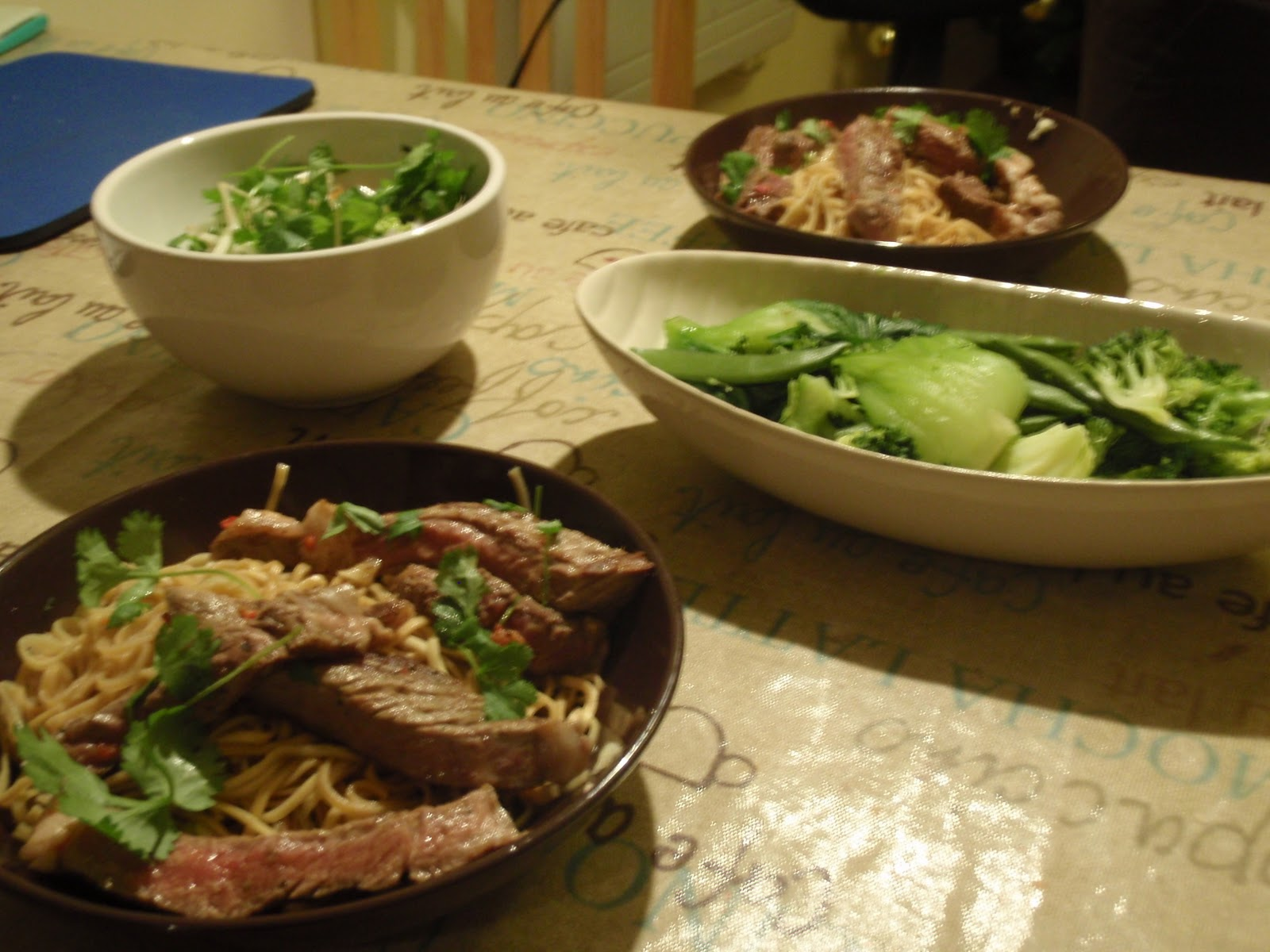New Food Mondays: Jamie's Rib-Eye Stir-Fry and Dan Dan Noodles