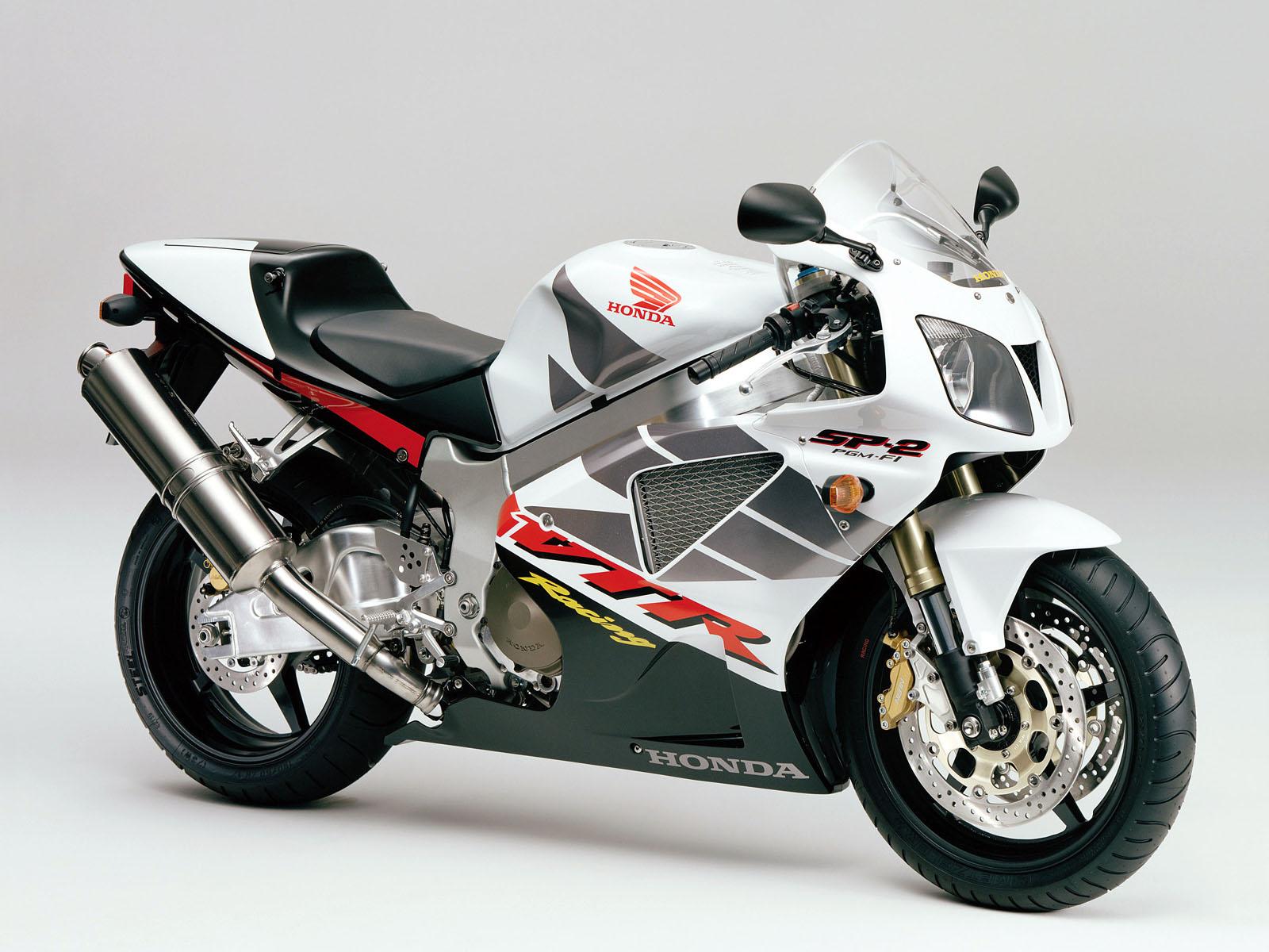 http://2.bp.blogspot.com/_Kpi0thIqeJI/TQYIu_07oOI/AAAAAAAAAW0/lWX-LX8d_E8/s1600/Motocycles_Honda__003717_.jpg