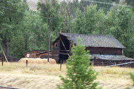 Old barn by Elliston, MT
