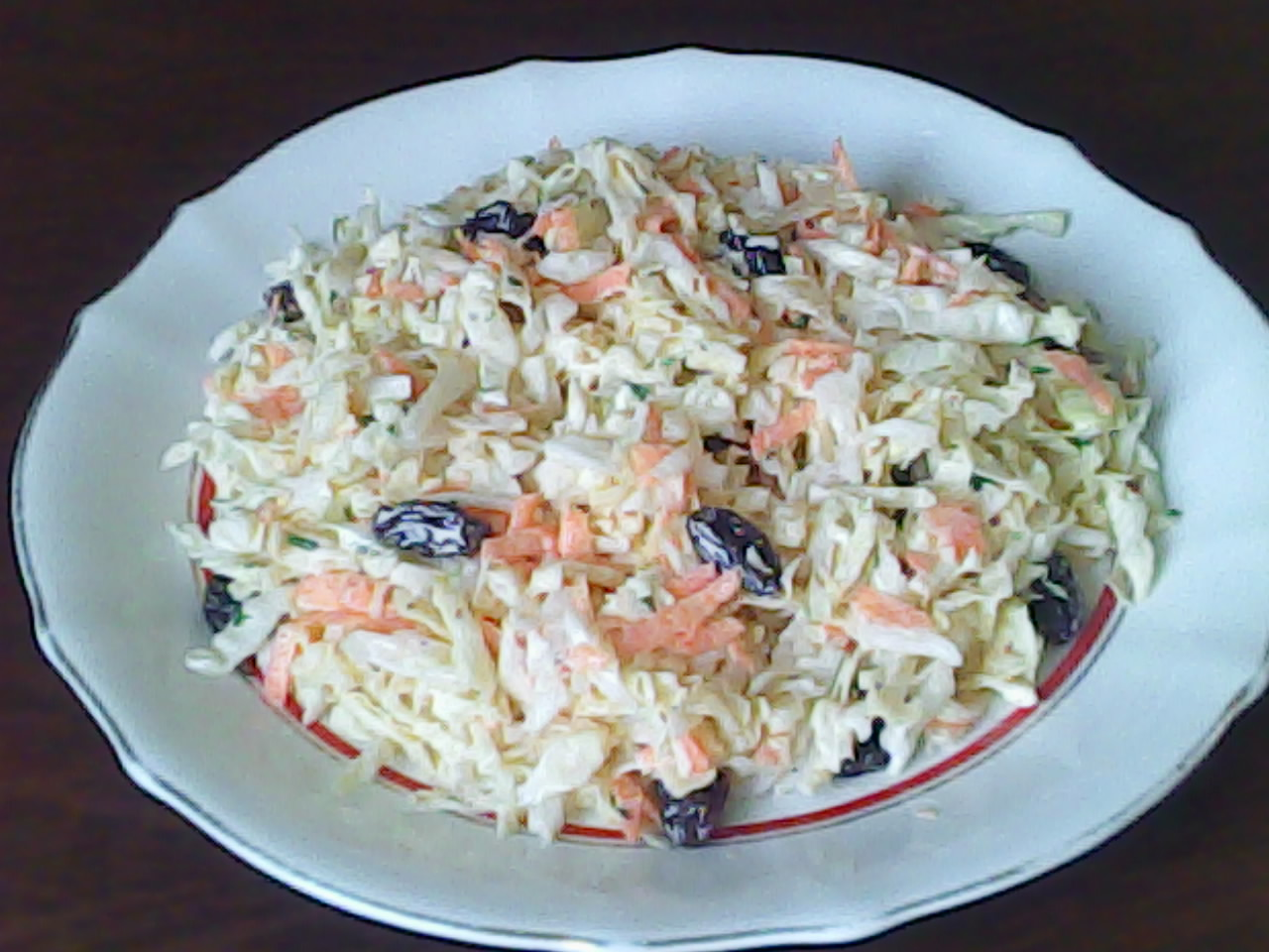 Tus recetas preferidas ensalada de col for Como preparar repollo
