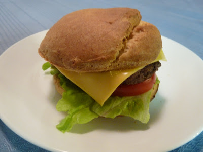 the gluten-free monkey: Gluten-free Hamburger Buns