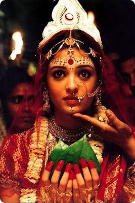 http://2.bp.blogspot.com/_Kt70zCHYQmg/TEBTDiD5QhI/AAAAAAAAAj0/mxE9E6bD9hY/s1600/aishwarya_bengali_bride.jpg