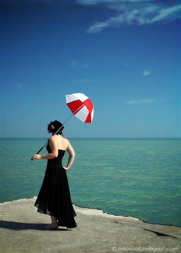 [Red+and+white+umbrella]