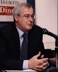 Juan José Pintado es Profesor de la Universidad a Distancia de Madrid - UDIMA - y Profesor del Centro de Estudios Financieros - CEF