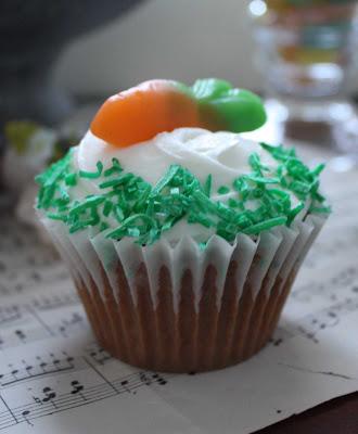 easter cupcakes pictures. easter cupcakes pictures. chip