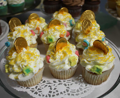 magically delicious cupcakes live to {cupcake} party