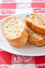My Sister's Kitchen: Crispy Garlic Bread