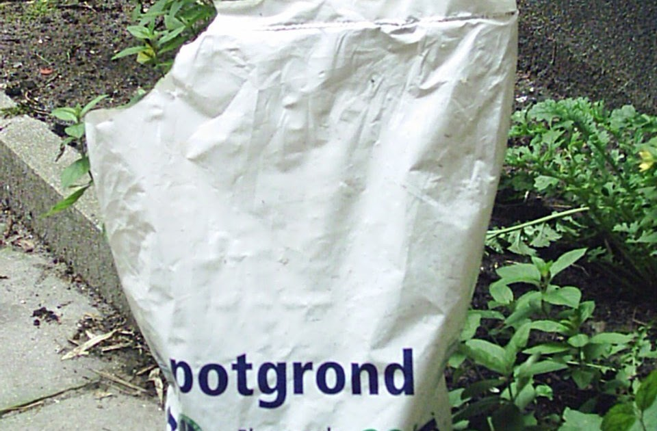 Look what i found a bag of potting soil for Bags of topsoil