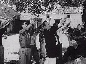 Για τους Μαυρογιαλούρους της Ελλάδας,,,