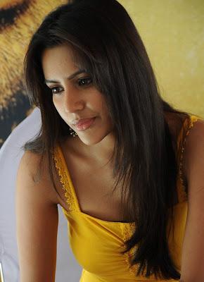 Priya Anand photos.JPG