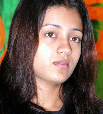 Photo feature: Trisha looking fat without makeup