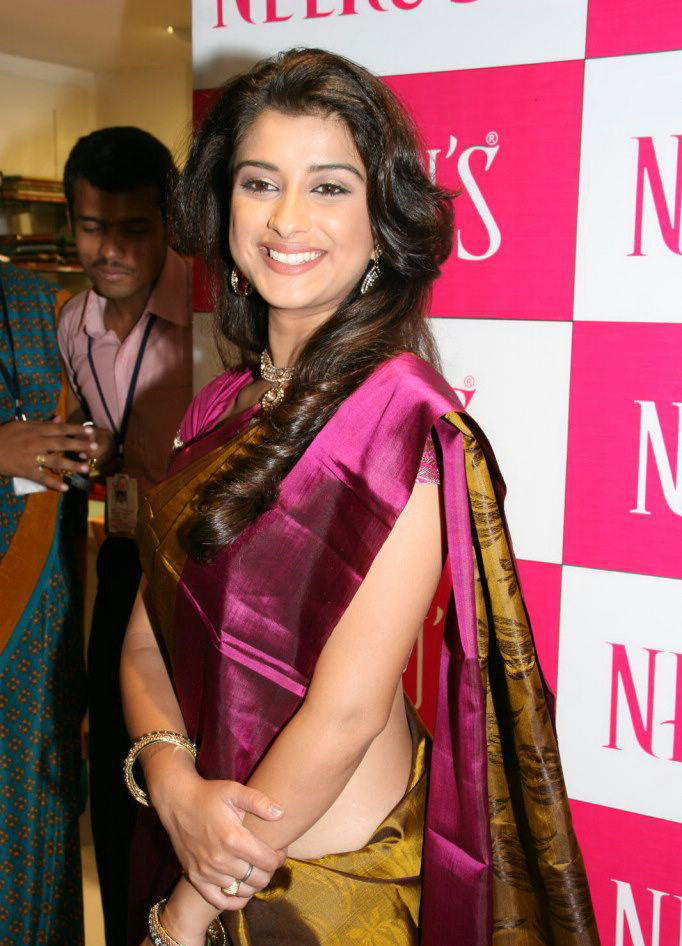 Madhurima Latest in Pink Saree