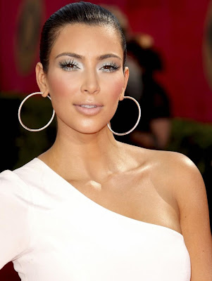 kim kardashian makeup 2009. Kim Kardashian at the 61st