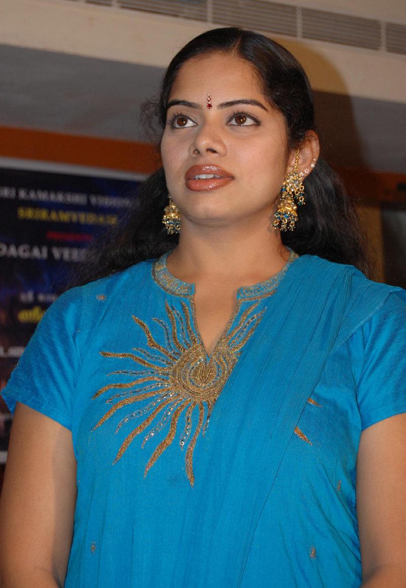 Actress deepa venkat nude think