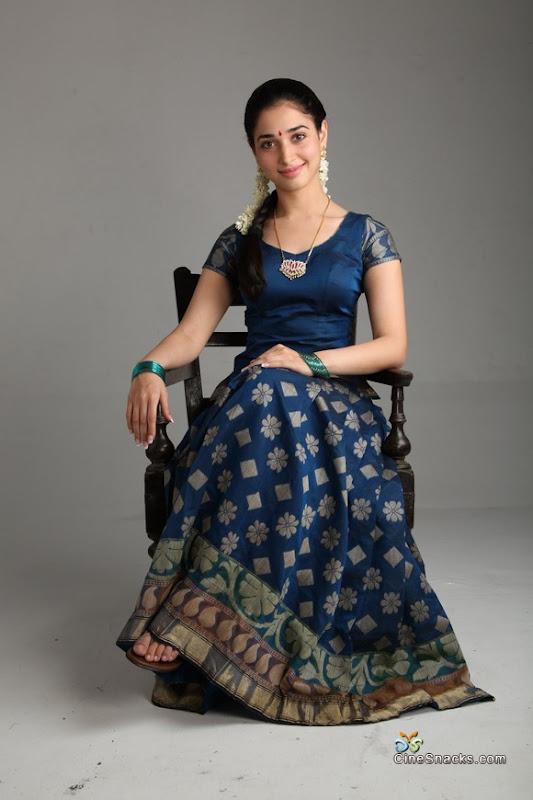 Tamanna in Vengai movie new photos navel show