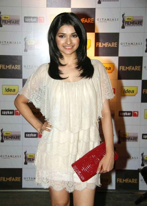 aiswariyasharukhmadhavan at th Filmfare Awards Nominations Gallery gallery pictures