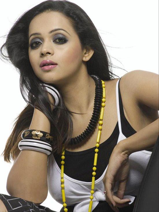 Bhavana new photo shoot photos glamour images