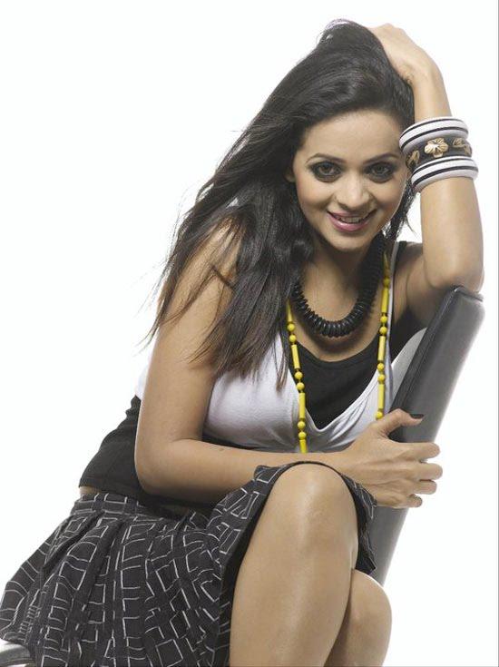 Bhavana new photo shoot photos sexy stills