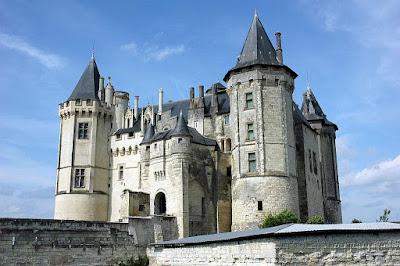 Hatsune's Home Saumur,+castelos+medievais