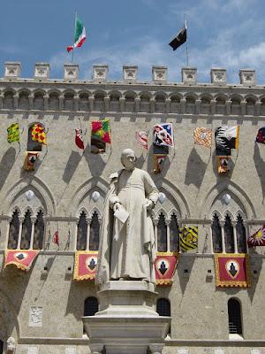 Palio di Siena 1, a cidade medieval
