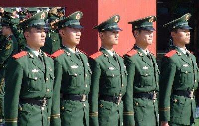Polícia em Tiananmen, pesadelo chinês