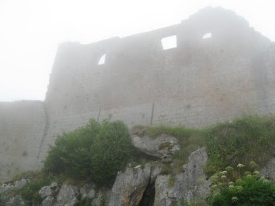 Monségur, último castelo cátaro tomado pelos Cruzados. As Cruzadas