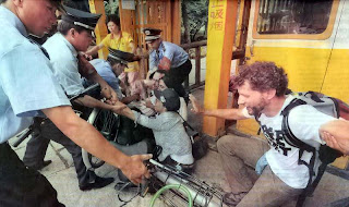 Polícia prende ativistas pro-Tibete, Pequim. Pesadelo chinês