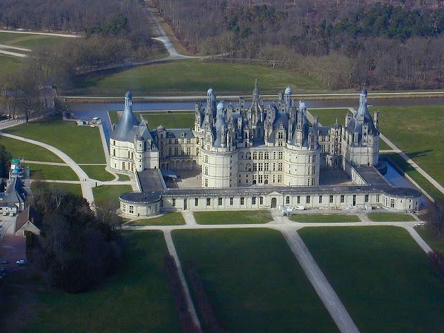 Castelo de Chambord. Sobre este castelo veja mais clicando aqui: CHAMBORD