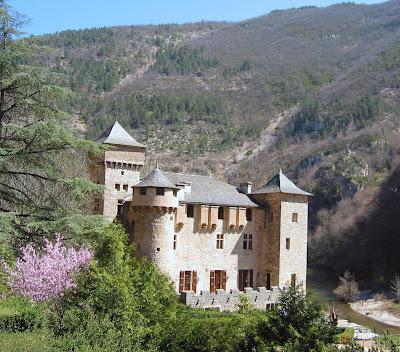 Castelo na Aquitania