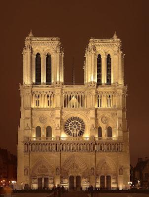 Notre Dame de Paris, catedral da beleza e da harmonia